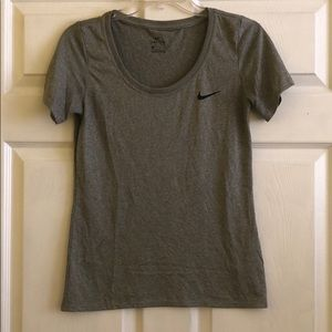 Nike Women's XS Gray Dri-Fit Tee